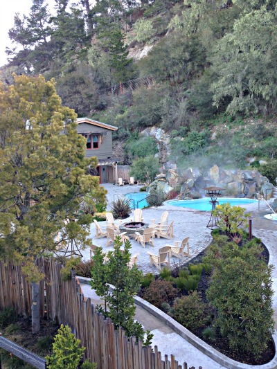 Refuge Spa Fireplaces And Pools