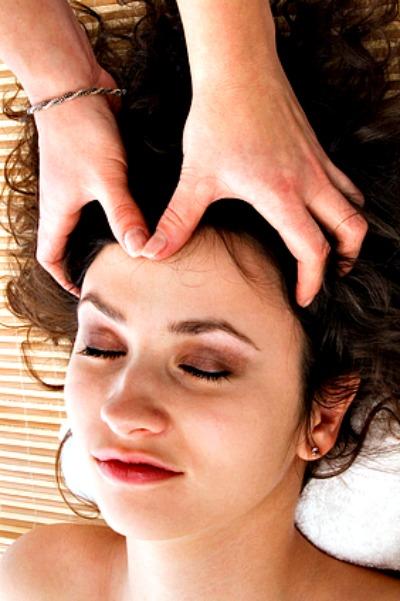Womans Scalp Massage at Aiyana Day Spa