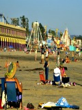 Santa Cruz Boardwalk people on the beach